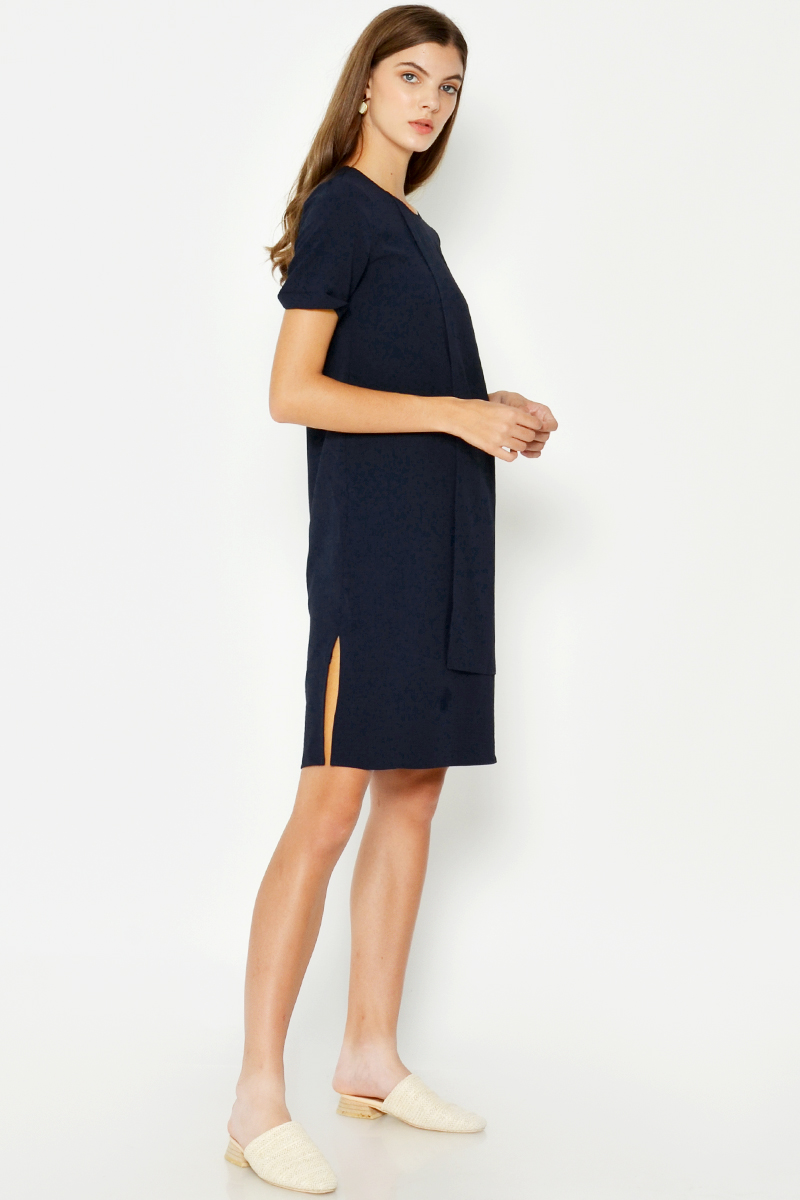 VINEA LAYERED SHIFT DRESS