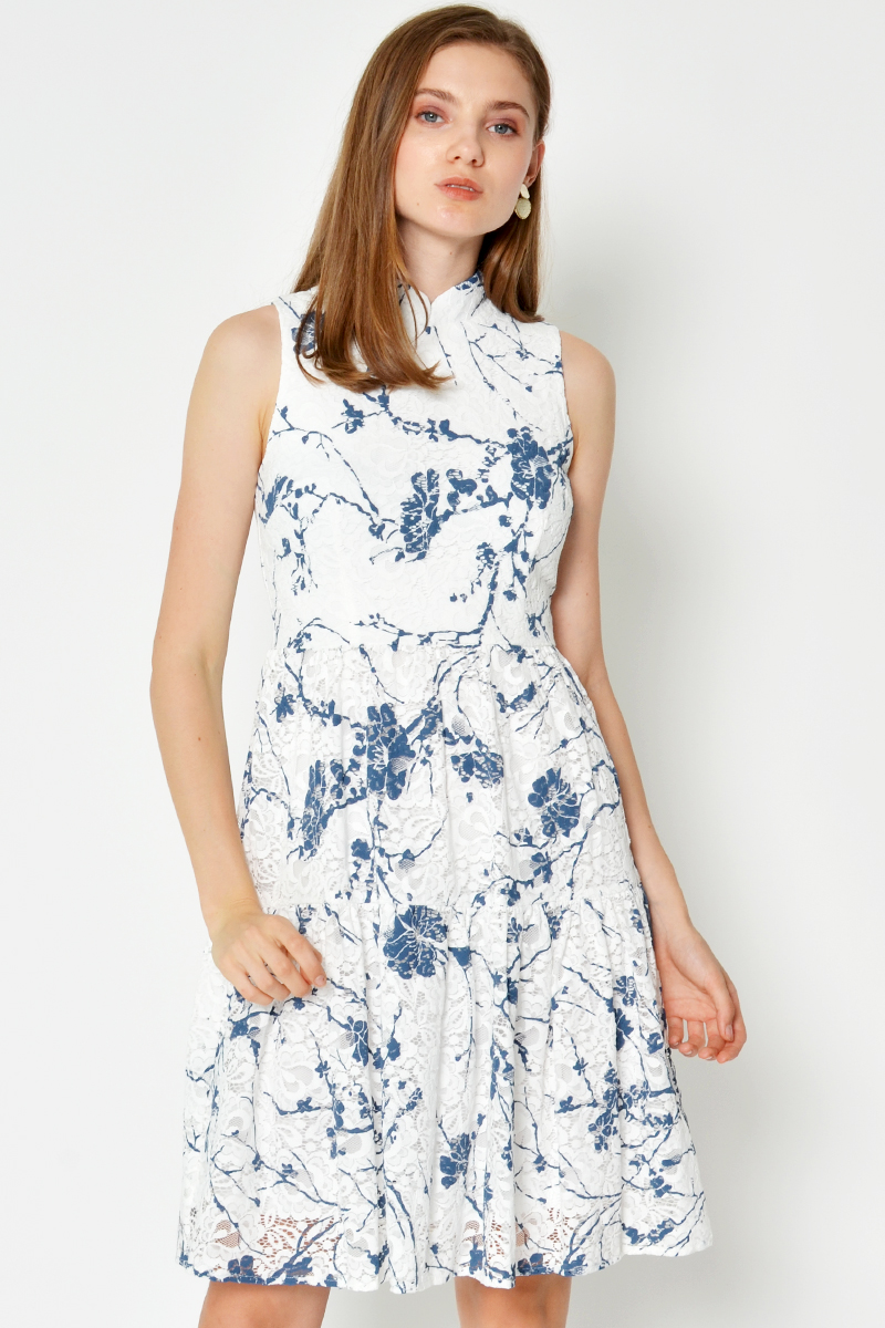 LILYN FLORAL LACE TIERED CHEONGSAM