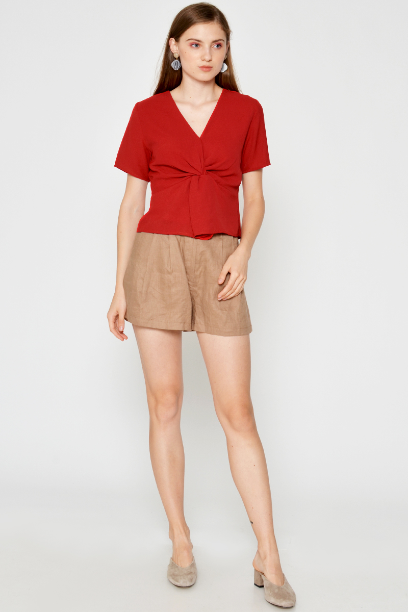 PAOLA TWISTED KNOT TOP