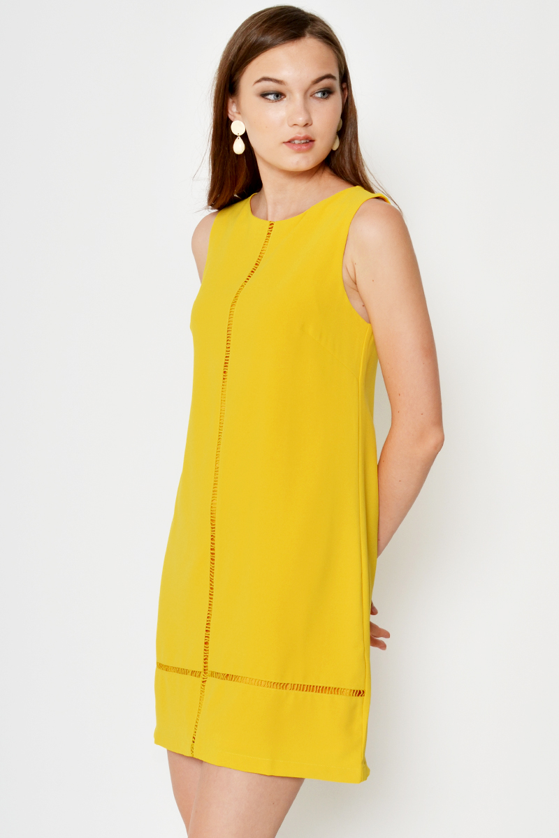 KAYCIE CUTOUT LINES SHIFT DRESS