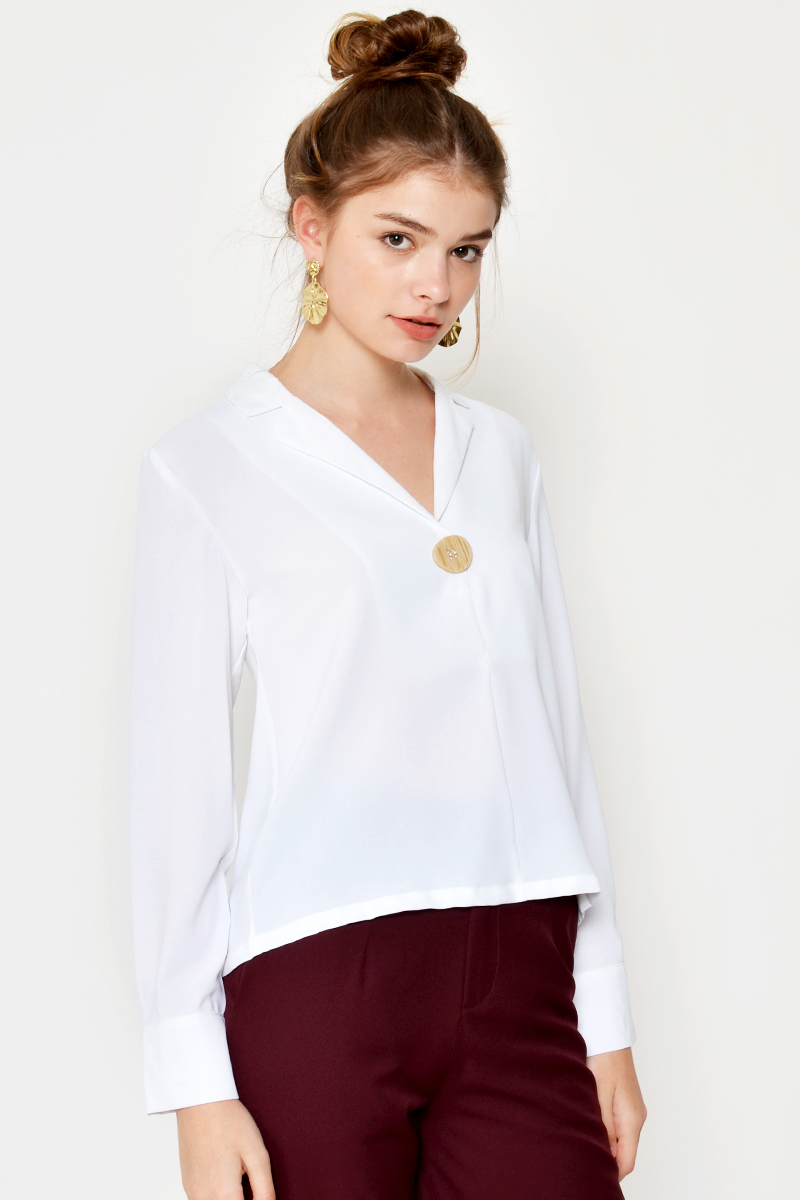 BERLIN SINGLE BUTTON TOP