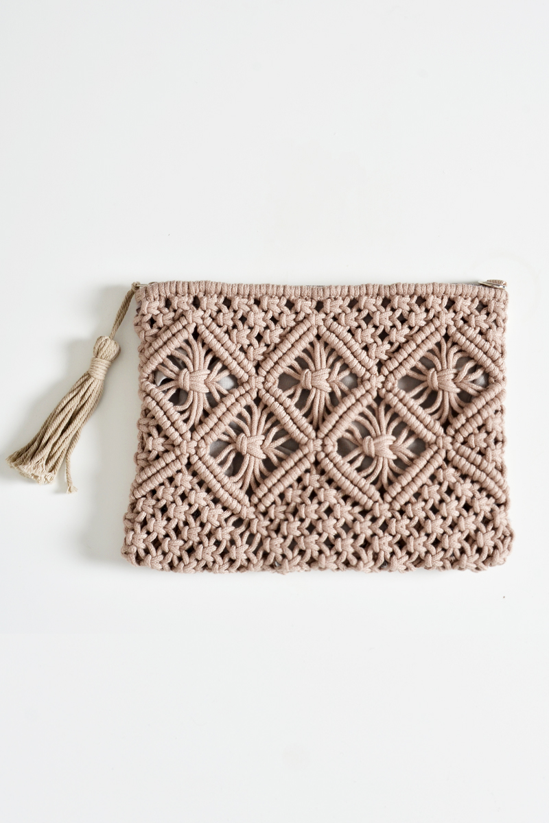 *BACKORDER 2* CROCHET WOVEN TASSEL CLUTCH