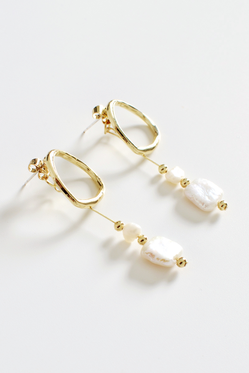 GOLD PEARL BEAD DROP EARRINGS