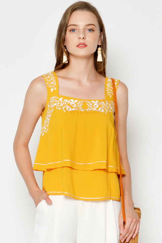 DINNA EMBROIDERY LAYERED TOP