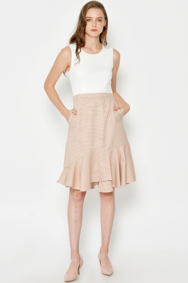 CHRISSA HOUNDSTOOTH RUFFLE HEM DRESS