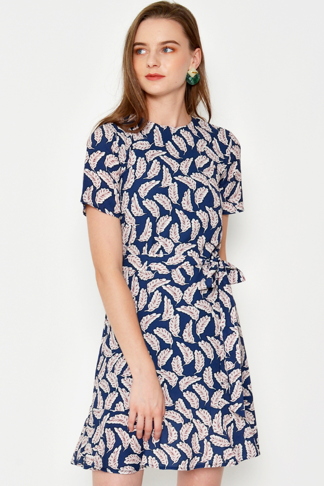 JEMMAH FEATHER PRINT DRESS W SASH