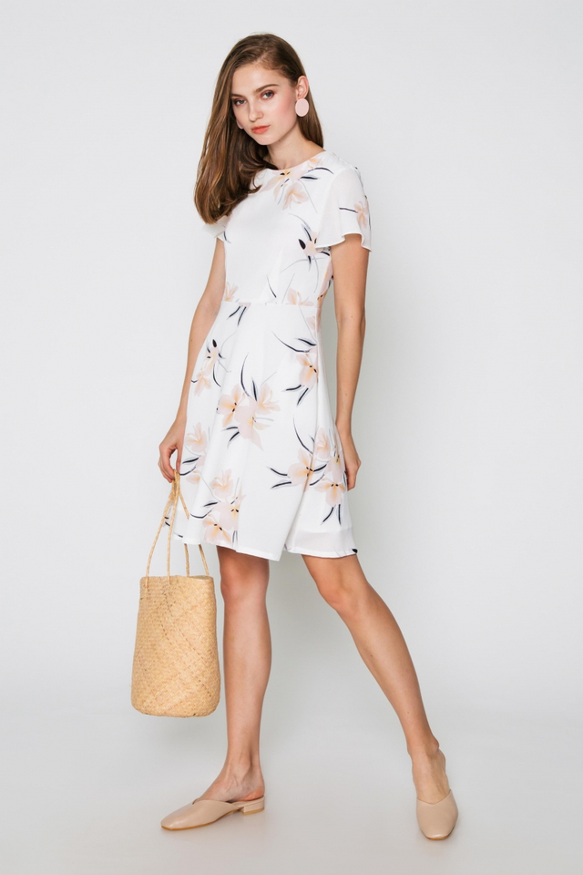 ANGIE  FLORAL FLARE DRESS
