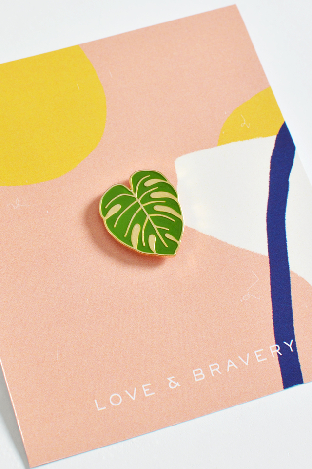 SINGLE ENAMEL PIN