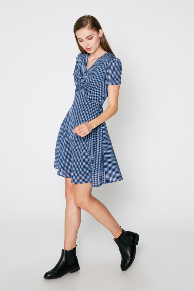 ZOEY CHECKERED FLARE DRESS