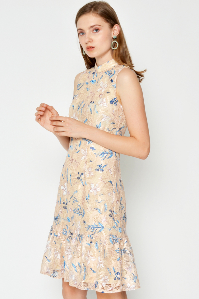 EMBRY FLORAL EMBROIDERY LACE CHEONGSAM