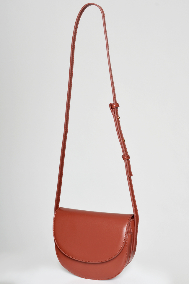 HALF MOON MINI CROSS BODY BAG