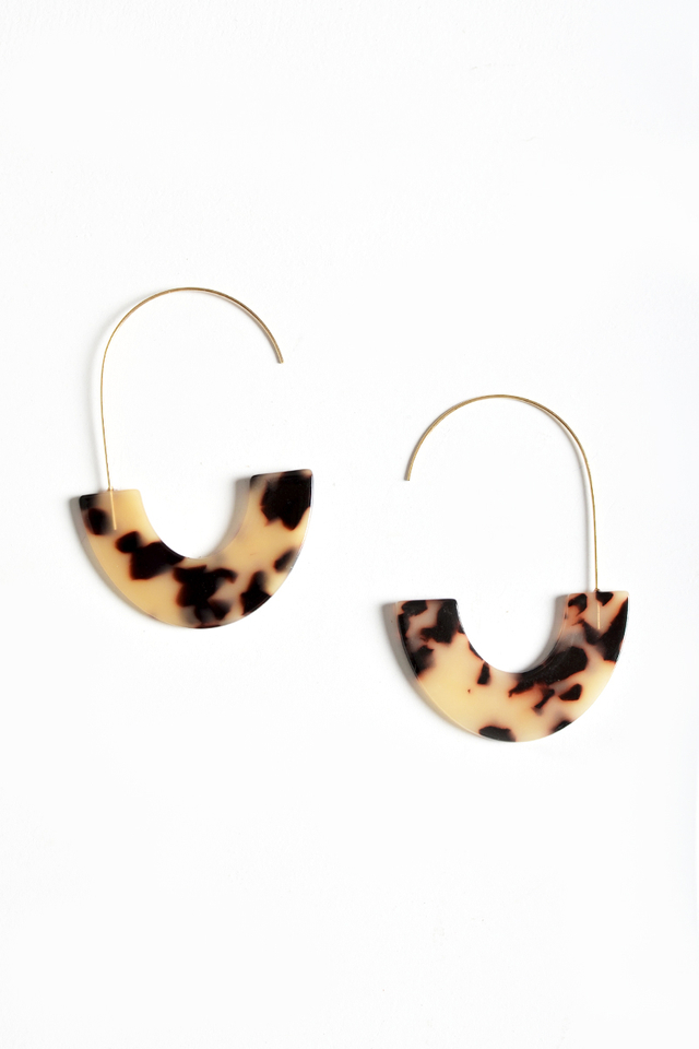 HOOK U-SHAPED EARRINGS