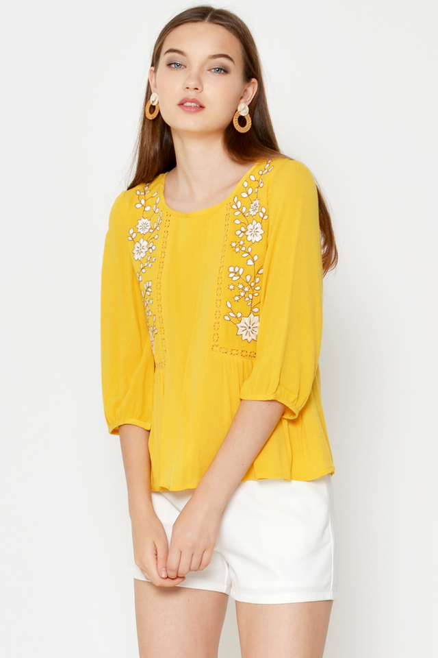 NADINE FLORAL EMBROIDERED TOP