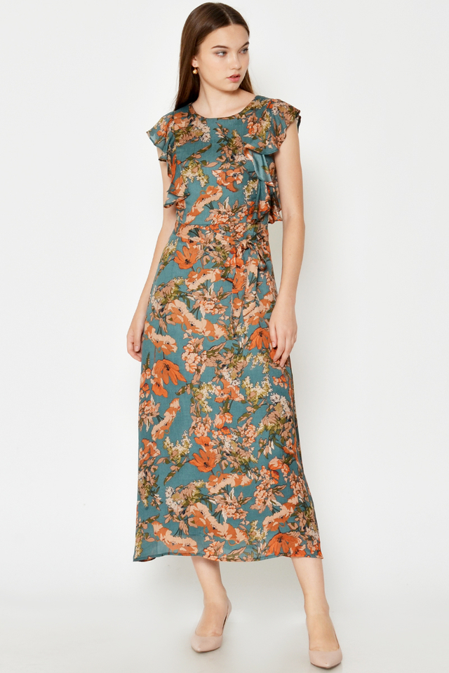 SIERRA FLORAL FLUTTER SLEEVE MAXI DRESS W SASH