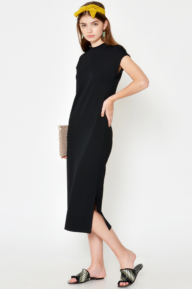 *BACKORDER* ZOANA HIGHNECK MIDI DRESS