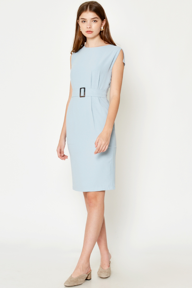 DAHLIA CAPSLEEVE BUCKLE MIDI DRESS
