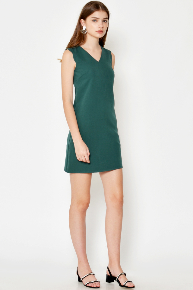 ODA SCALLOP SHIFT DRESS