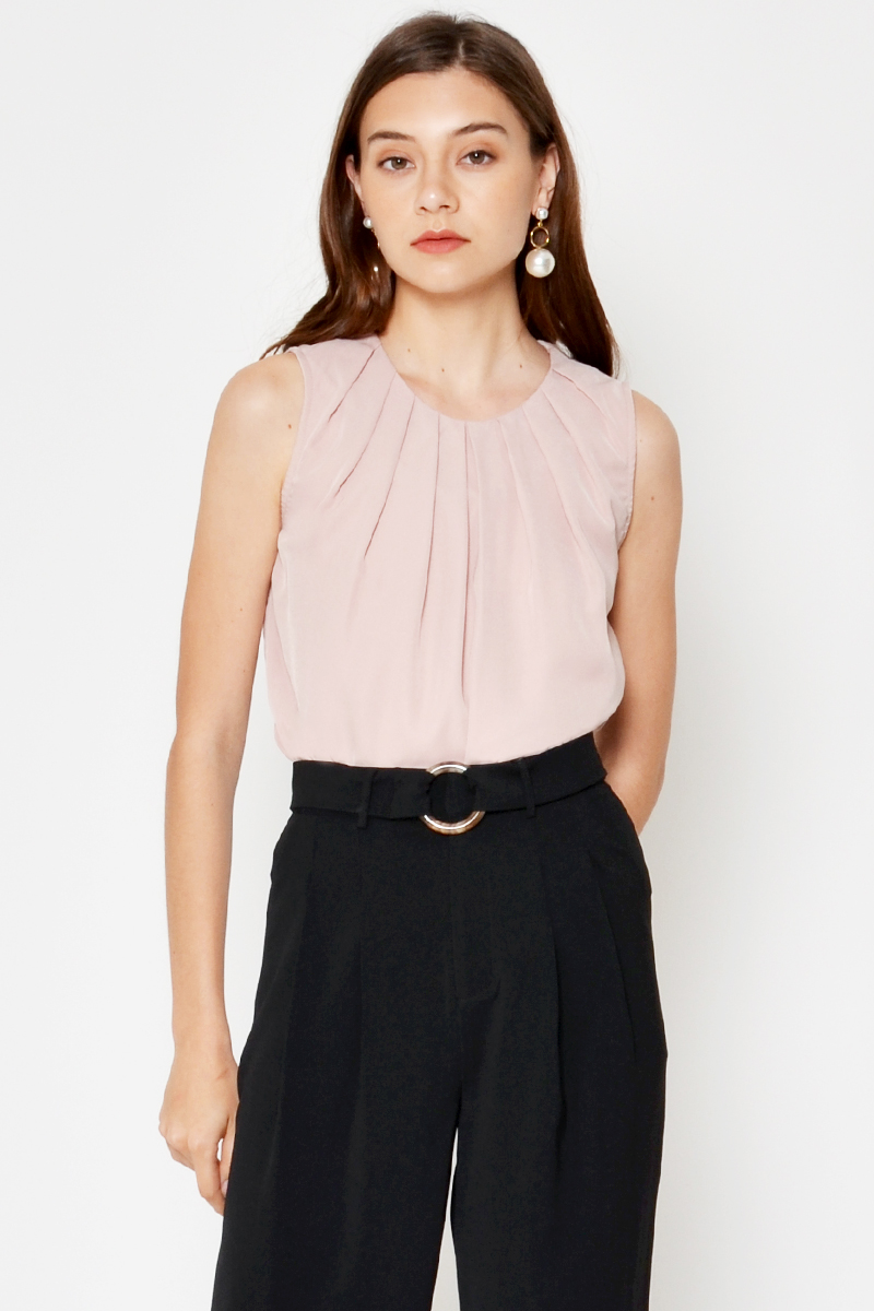 DEVON PLEATED TOP