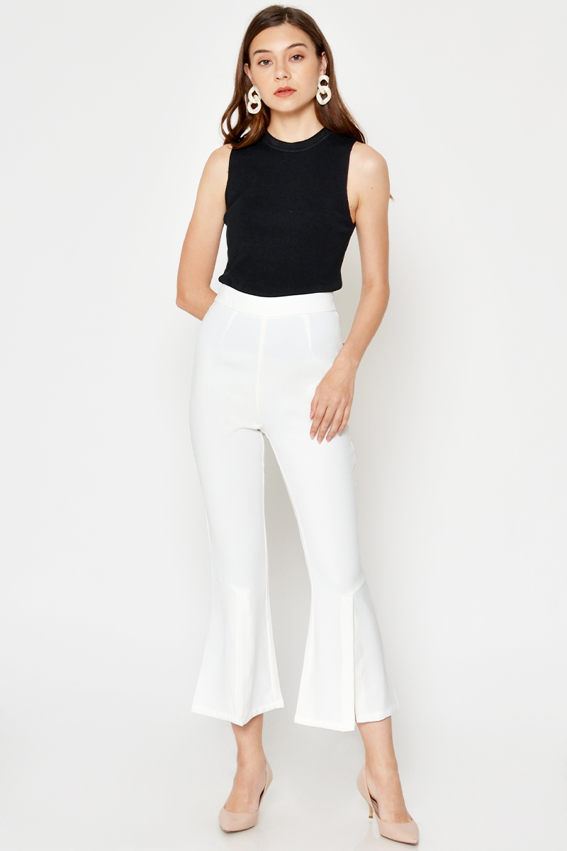 KAIRON FIT FLARE SLIT PANTS