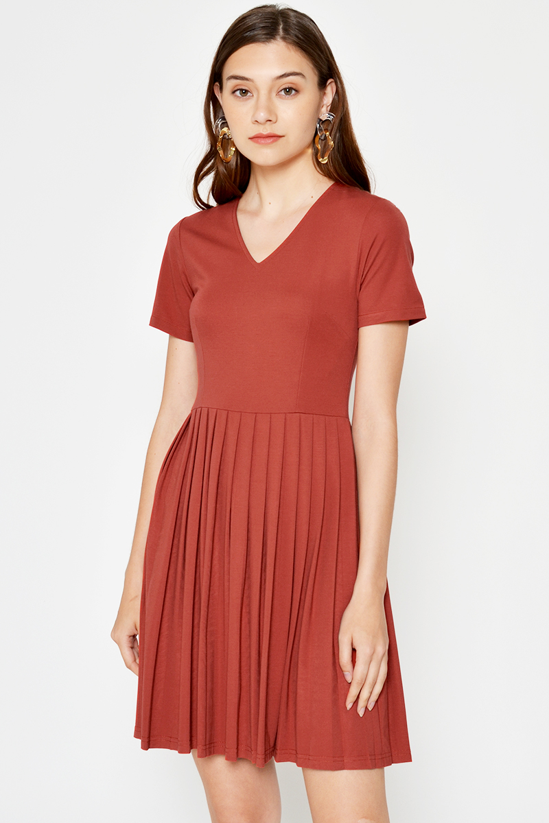 *BACKORDER* WINONA PLEATED FLARE DRESS