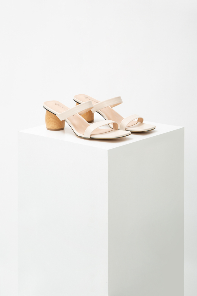 HYREE WOODEN BLOCK HEELS