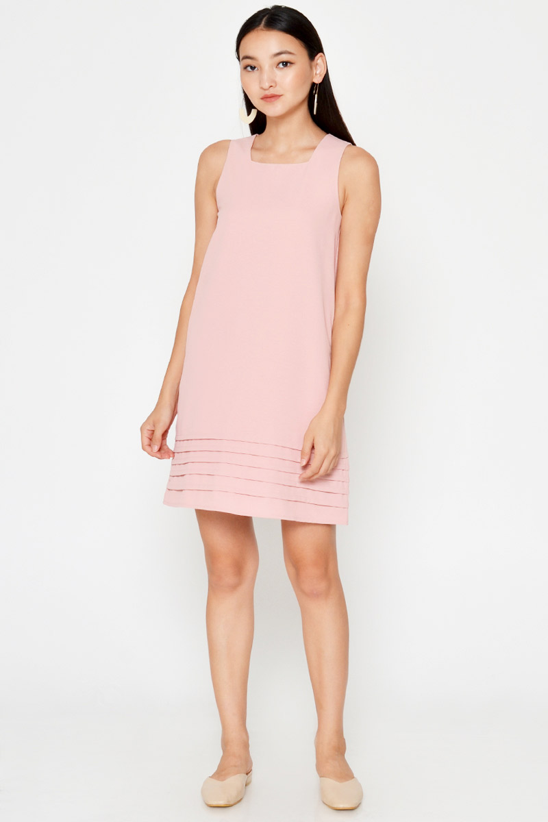 SHYANNE SQUARENECK SHIFT DRESS