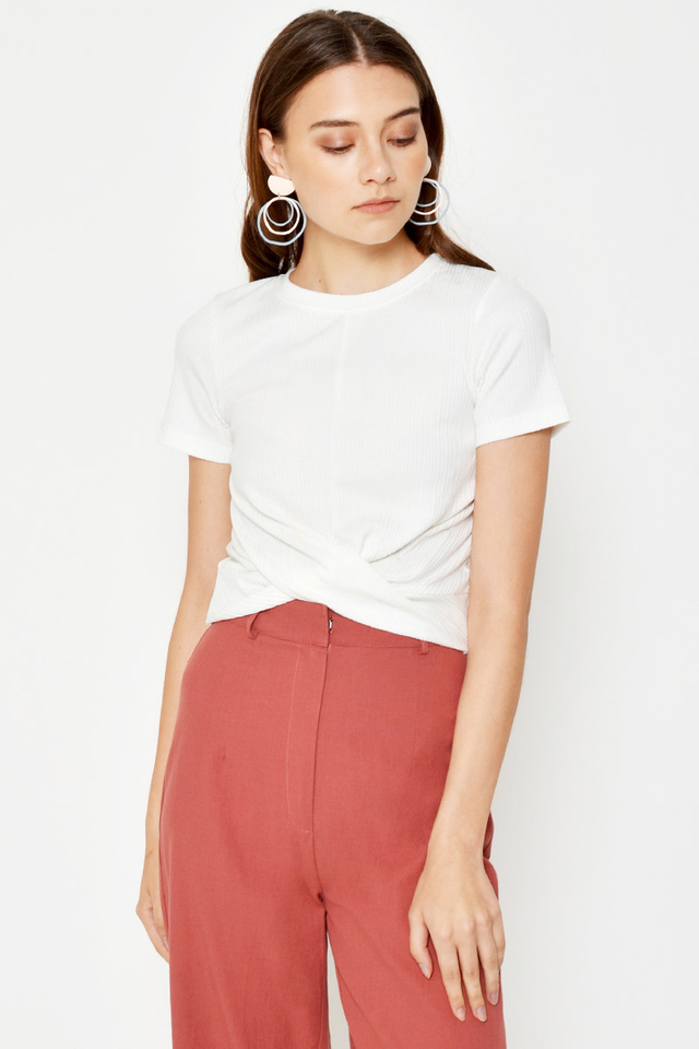 RIANE RIBBED TWISTED TOP