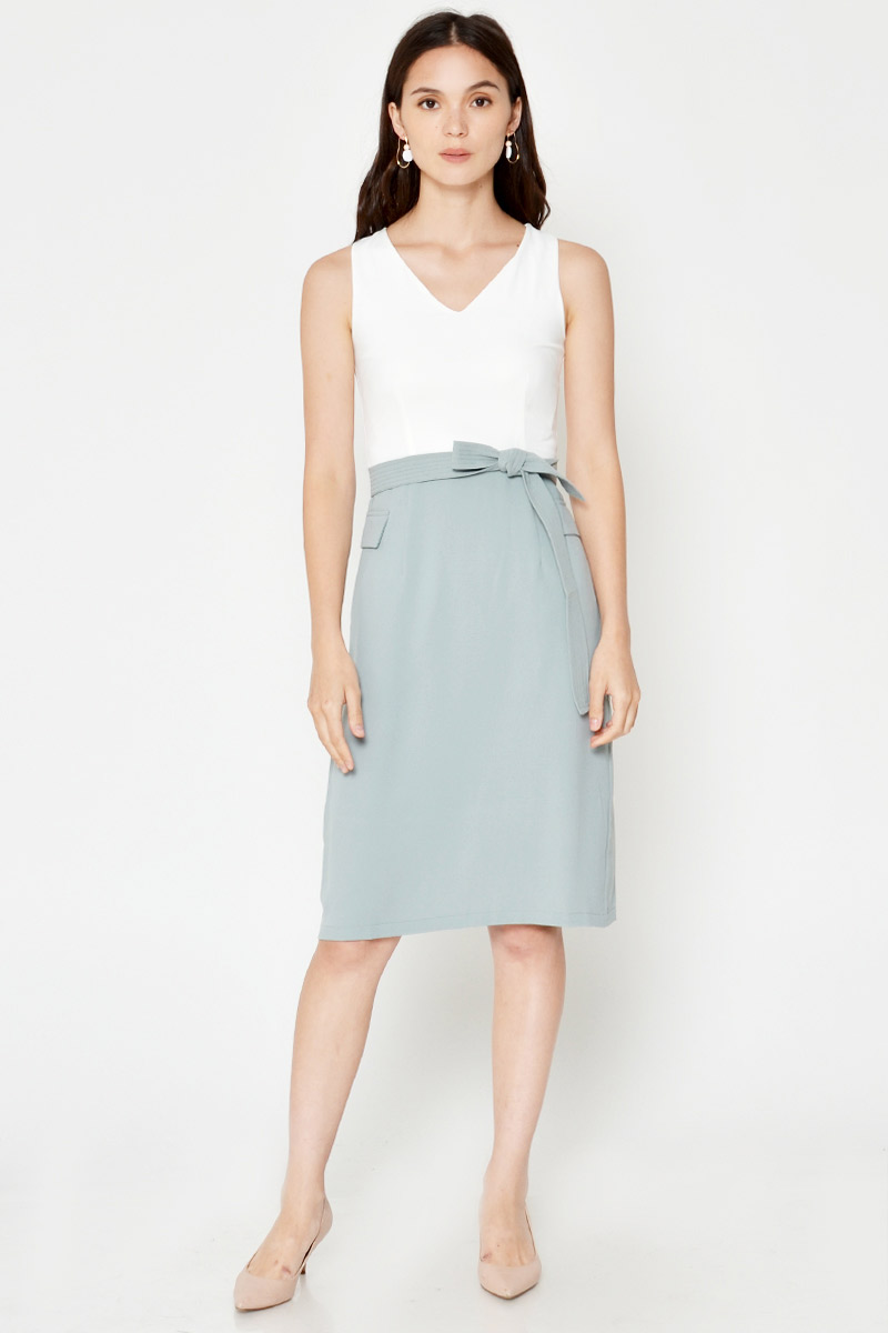 SHERLAIN COLOURBLOCK SHEATH DRESS W SASH