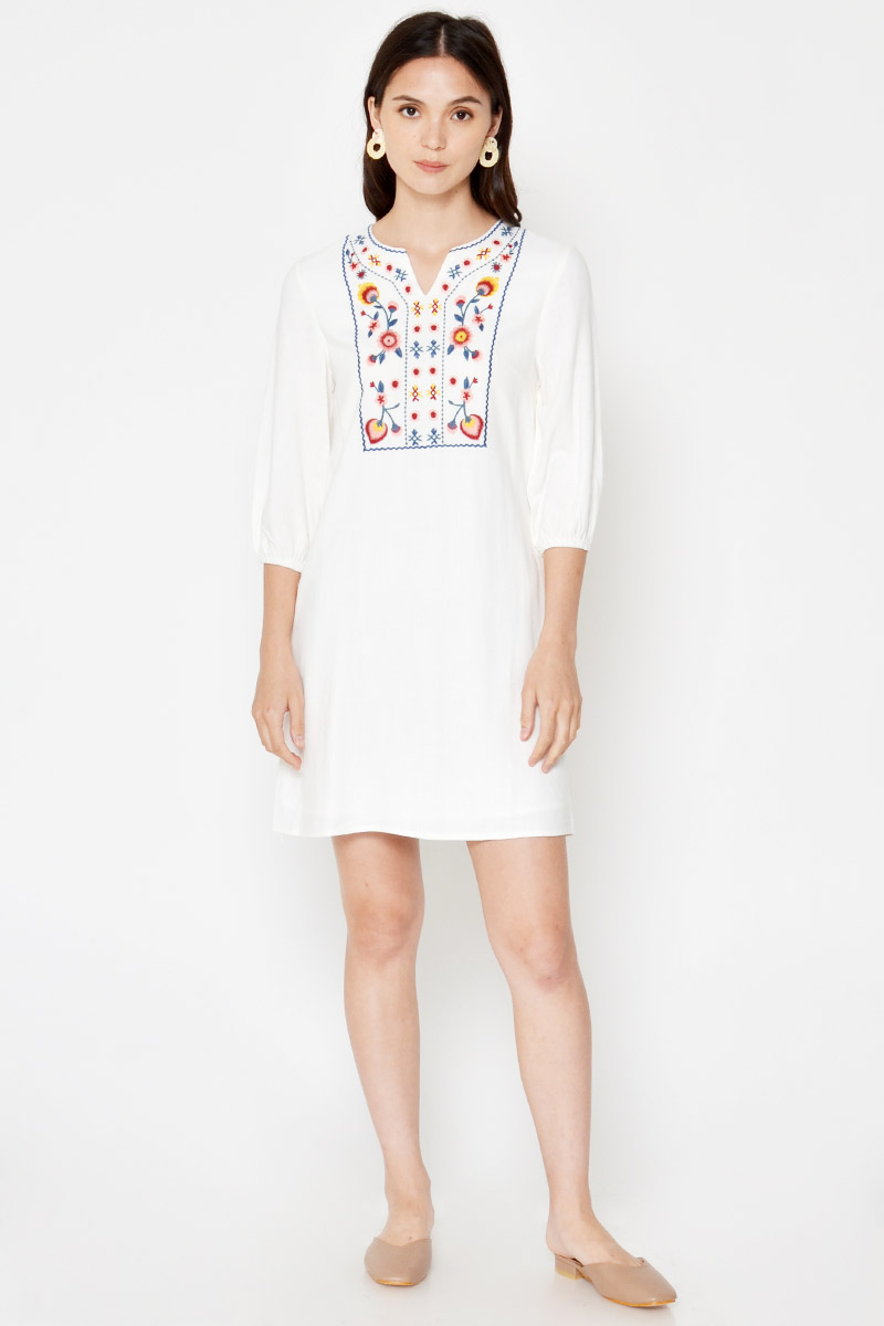 ZULI FLORAL EMBROIDERED DRESS