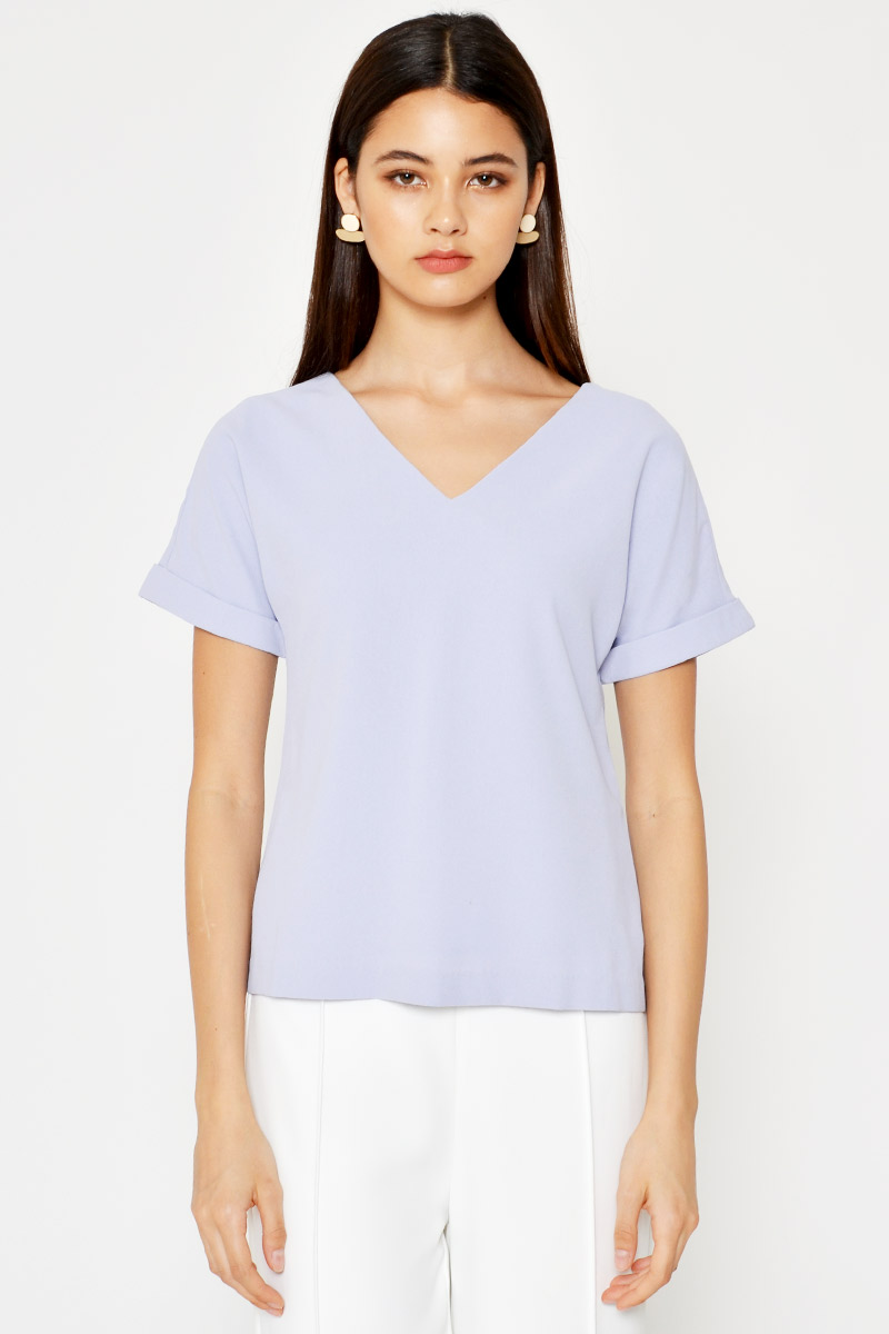 SAMMY BASIC VNECK TOP