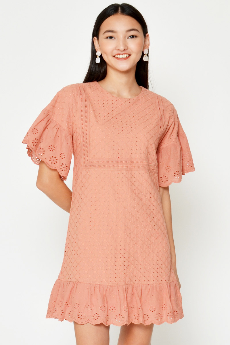 ACADIA EYELET FLOUNCE SLEEVE DRESS