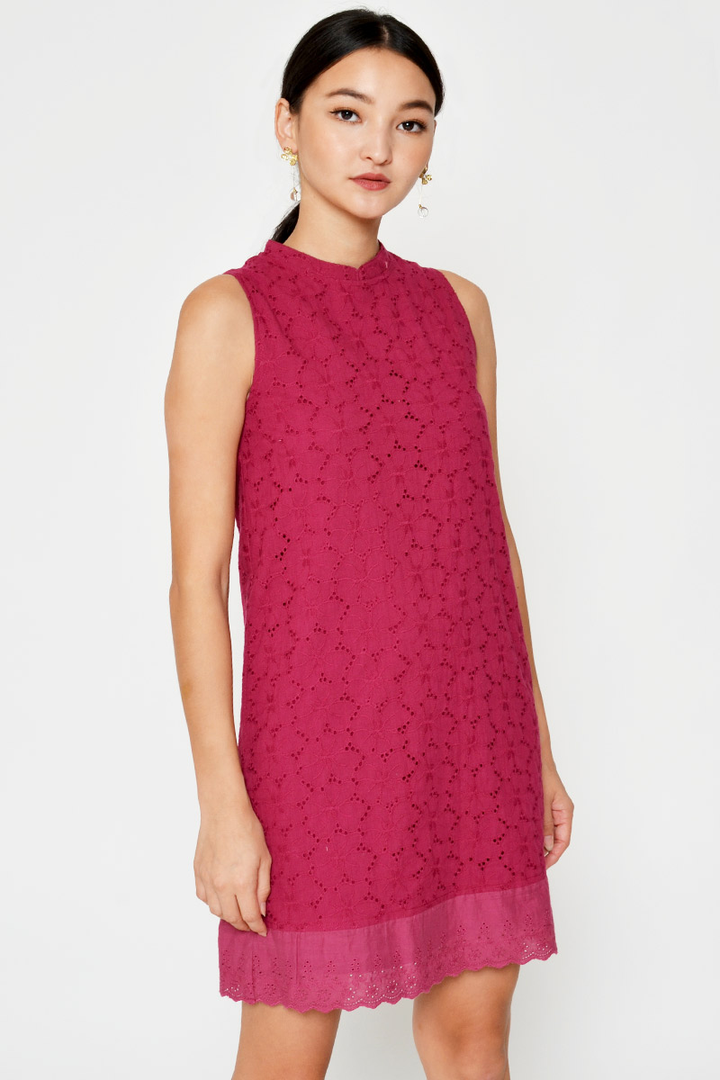 CARISHA FLORAL EYELET SHIFT DRESS W DETACHABLE COLLAR