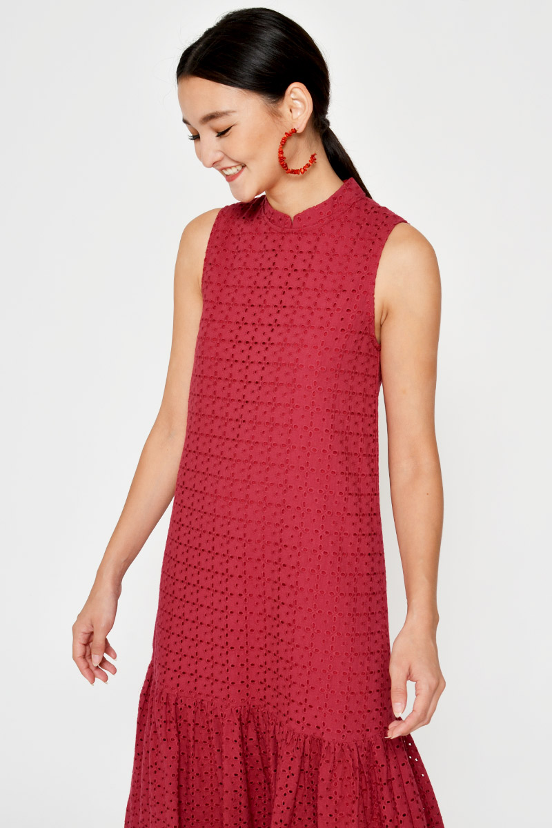 HELGA EYELET CHEONGSAM MIDI DRESS W DETACHABLE COLLAR