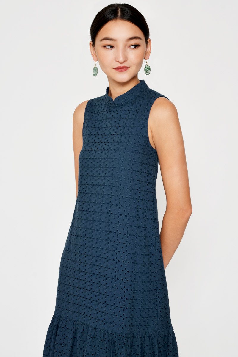 *BACKORDER* HELGA EYELET CHEONGSAM MIDI DRESS W DETACHABLE COLLAR