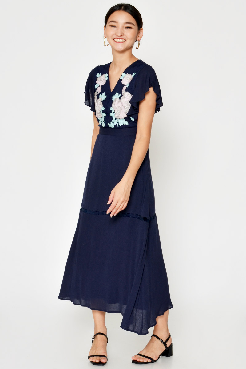 SANIYA FLORAL EMBROIDERY MAXI DRESS