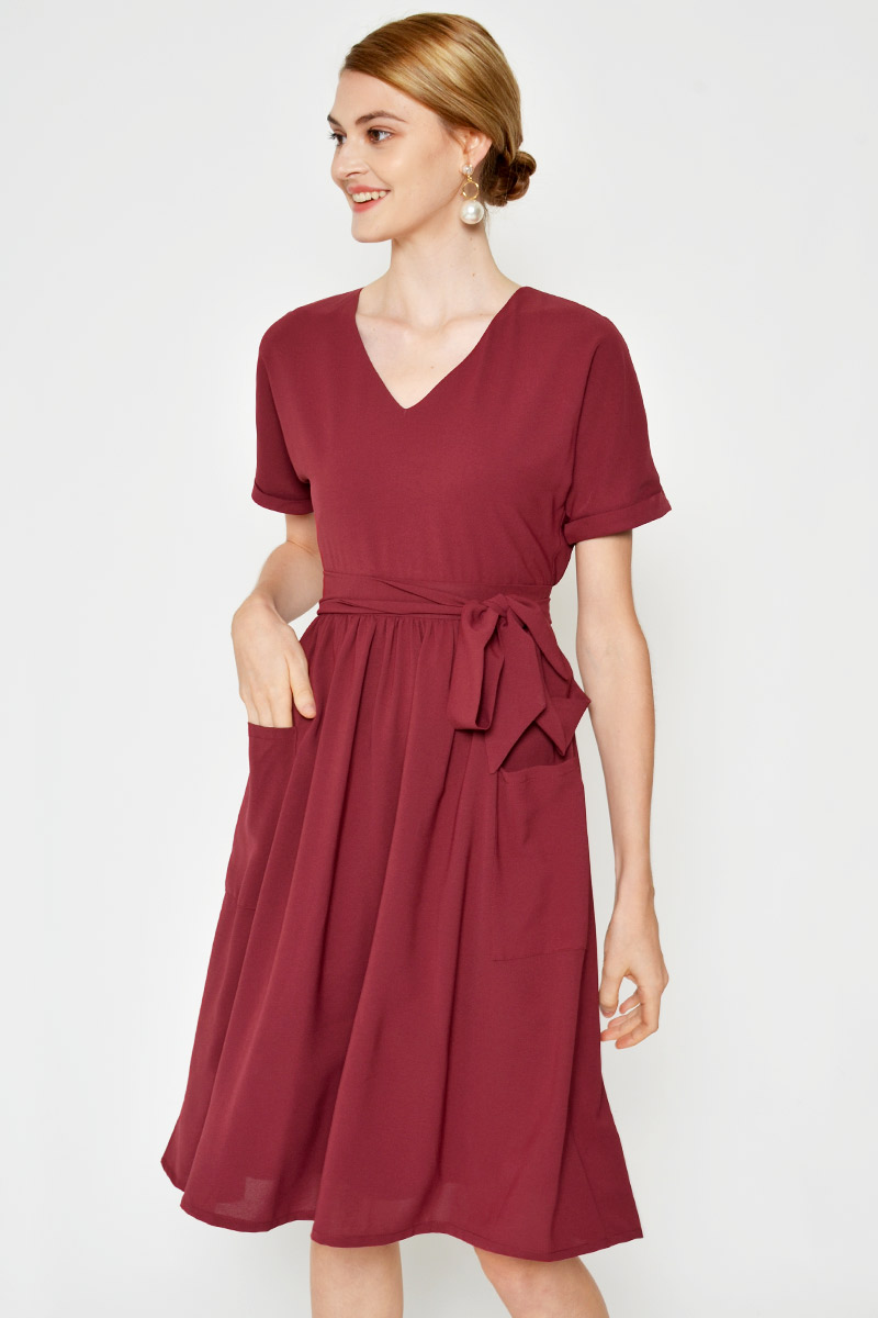 YONA FRONT POCKET MIDI DRESS W SASH