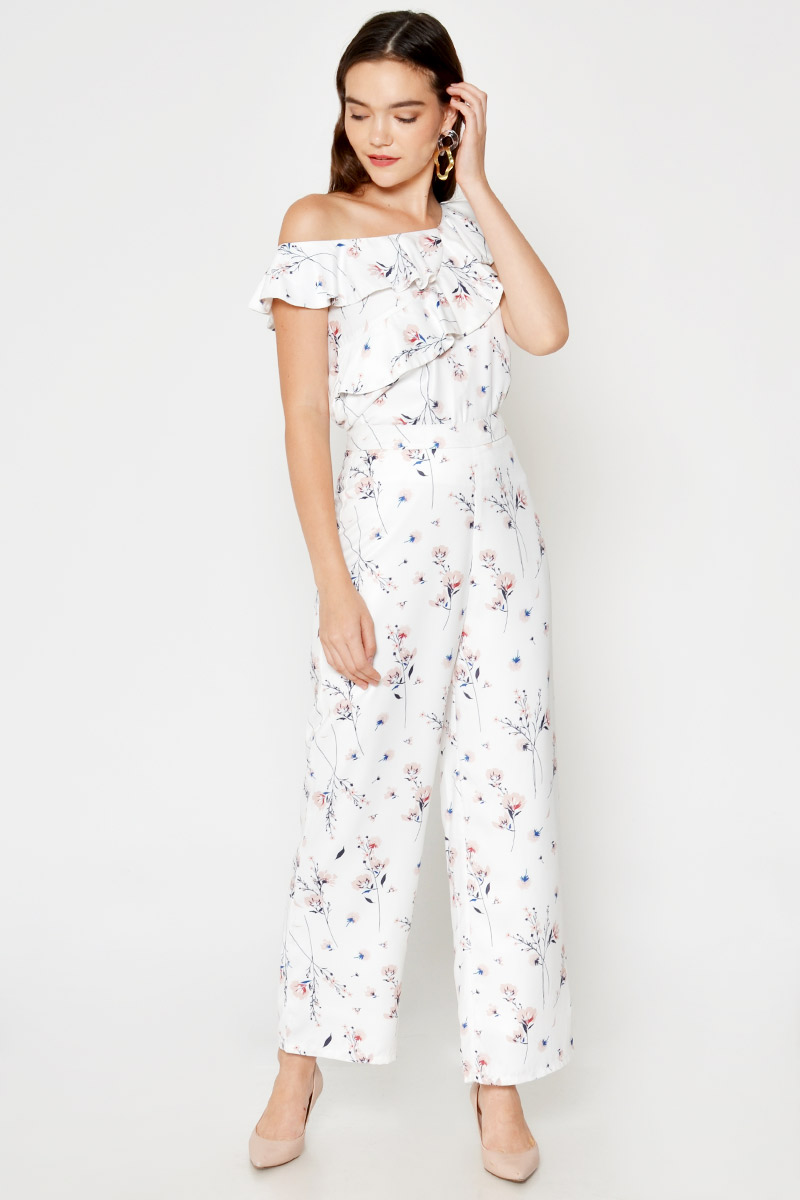 AVERIE FLORAL HIGHWAIST FLARE PANTS