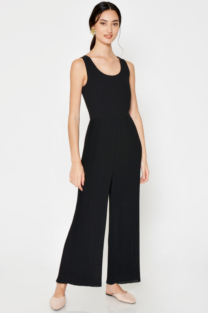 ALLISON PLEATED JUMPSUIT