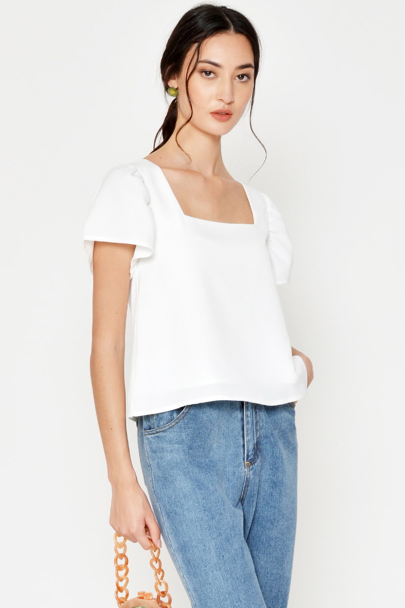 EDREA PUFF SLEEVE SQUARENECK TOP