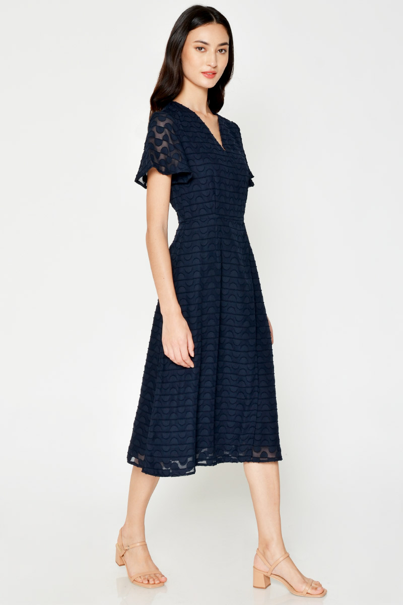 ROXANNE TEXTURED WRAP MIDI DRESS