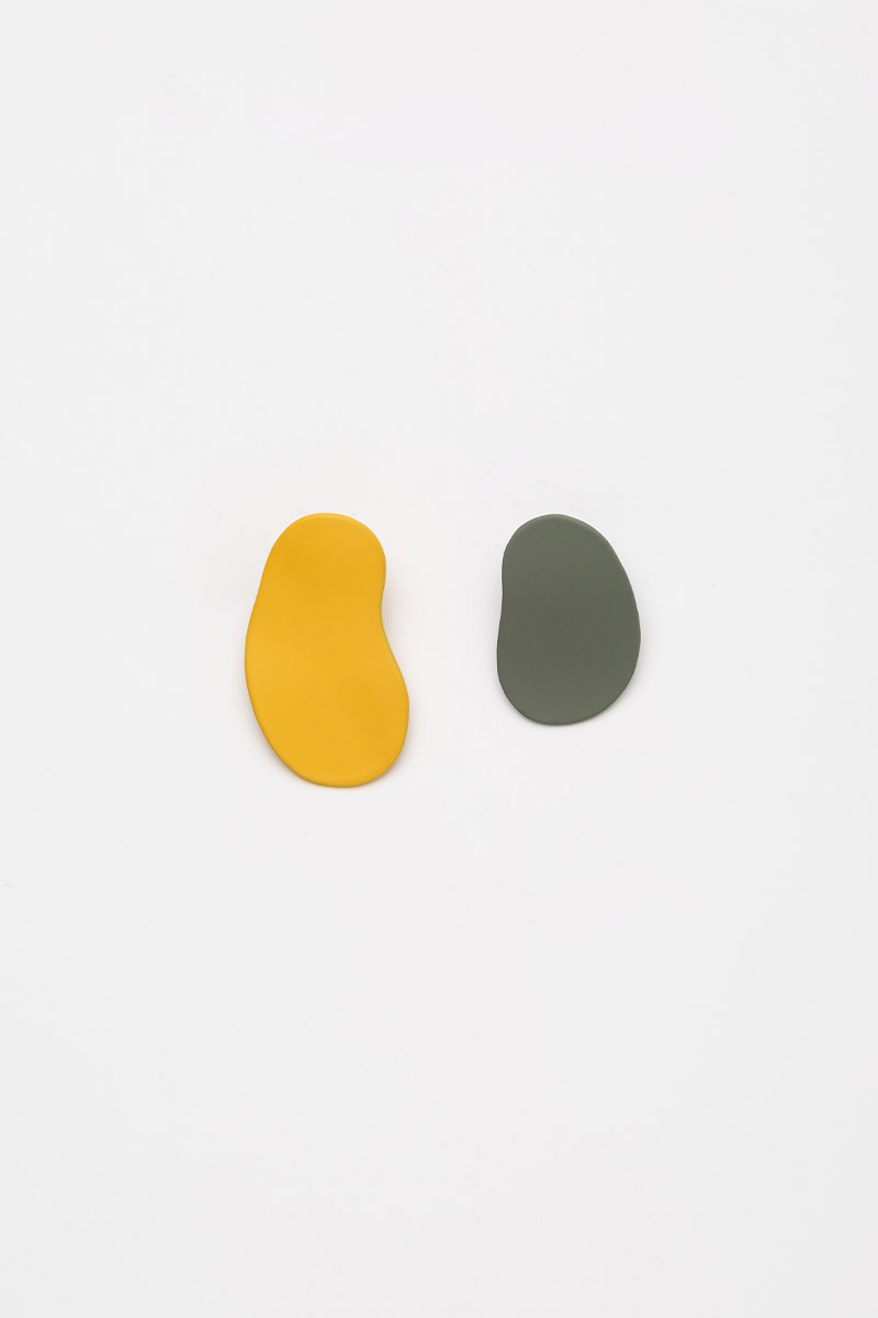 IRREGULAR YELLOW GREEN EARRINGS