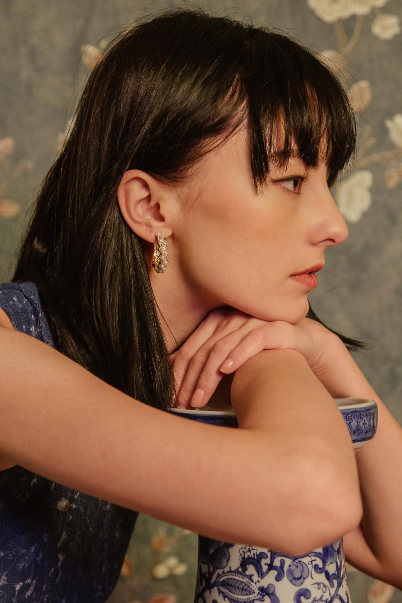 MULTI PEARL HOOP EARRINGS
