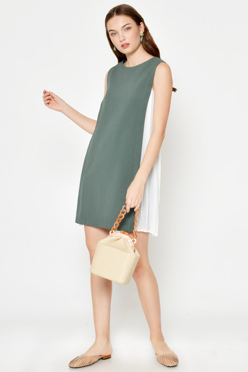 DEAN PLEATED PANEL SHIFT DRESS