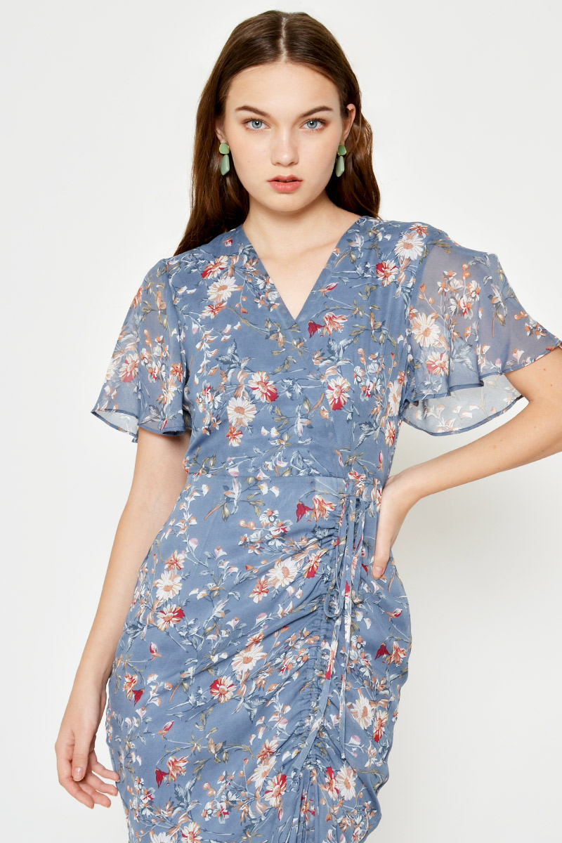 RUE FLORAL RUCHED MIDI DRESS