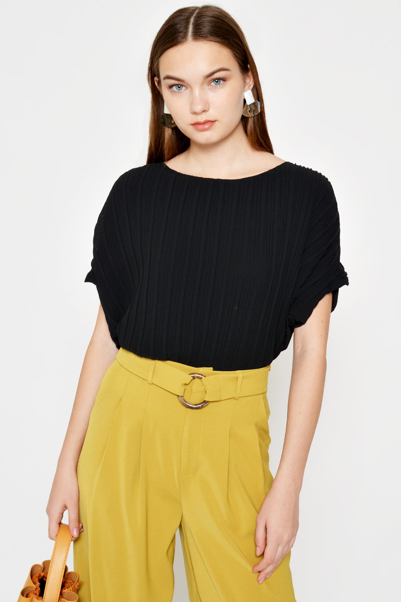CLAUDETTA PLEATED TOP