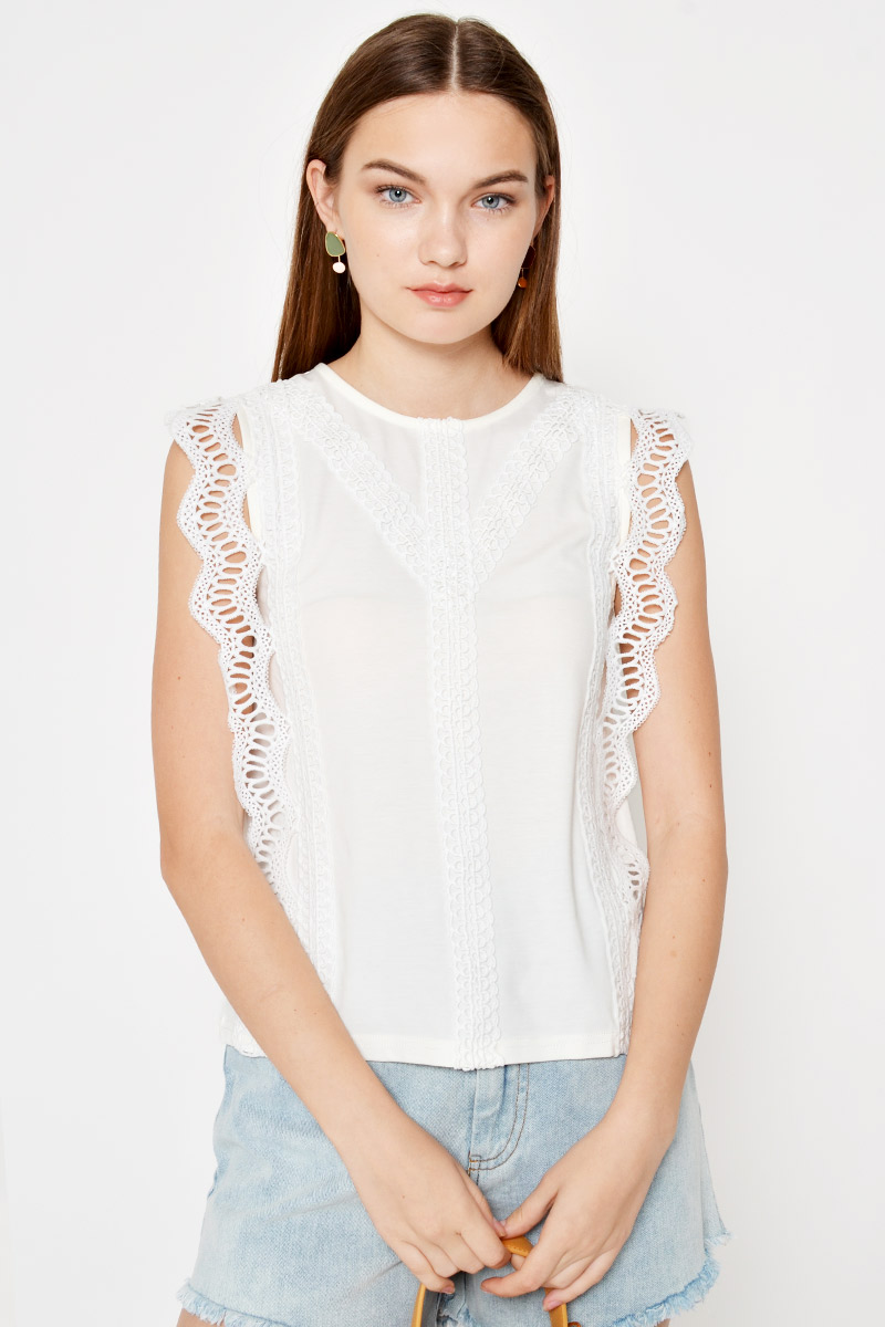 NEILA CROCHET TRIMMING TOP