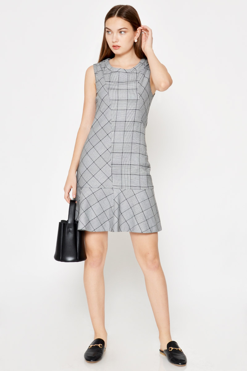 THEO HOUNDSTOOTH PLAID FLOUNCE DRESS
