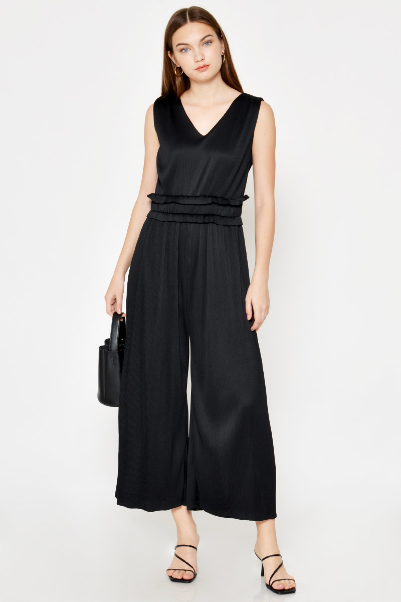 ZAHRA PLEATED JUMPSUIT