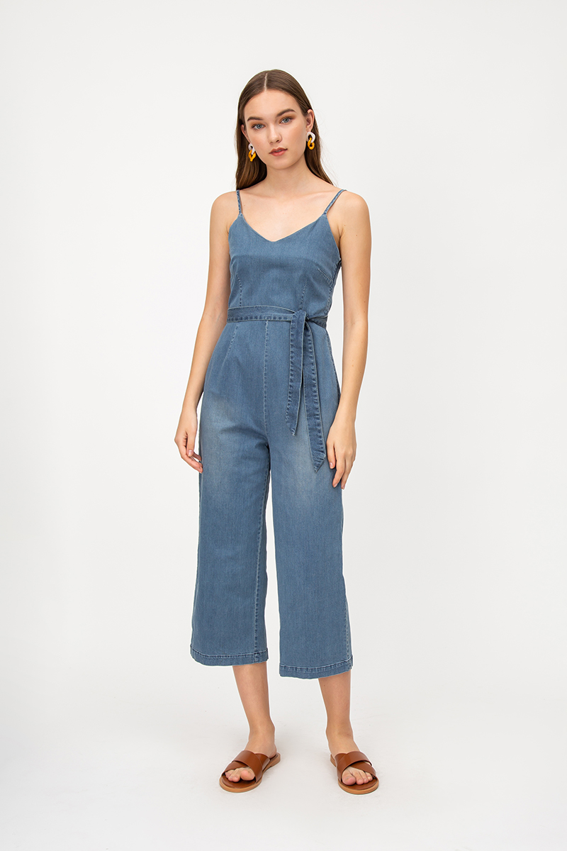 TERELLA DENIM JUMPSUIT W SASH