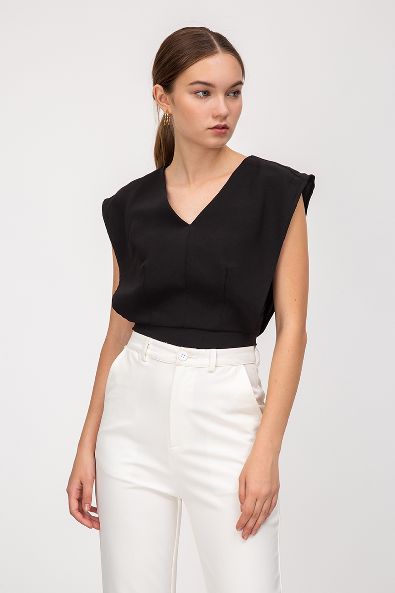 ANDER LAYERED TOP